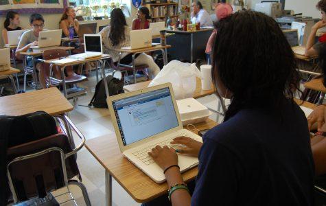 Edmodo aims to educate, update classes