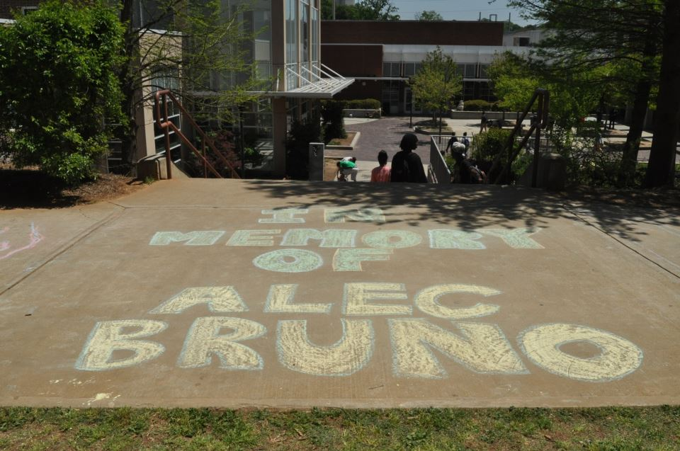 Students+gather+in+memory+of+Alec+Bruno