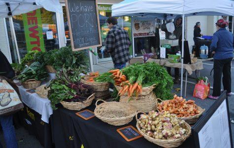 Farmers markets take root in Atlanta communities