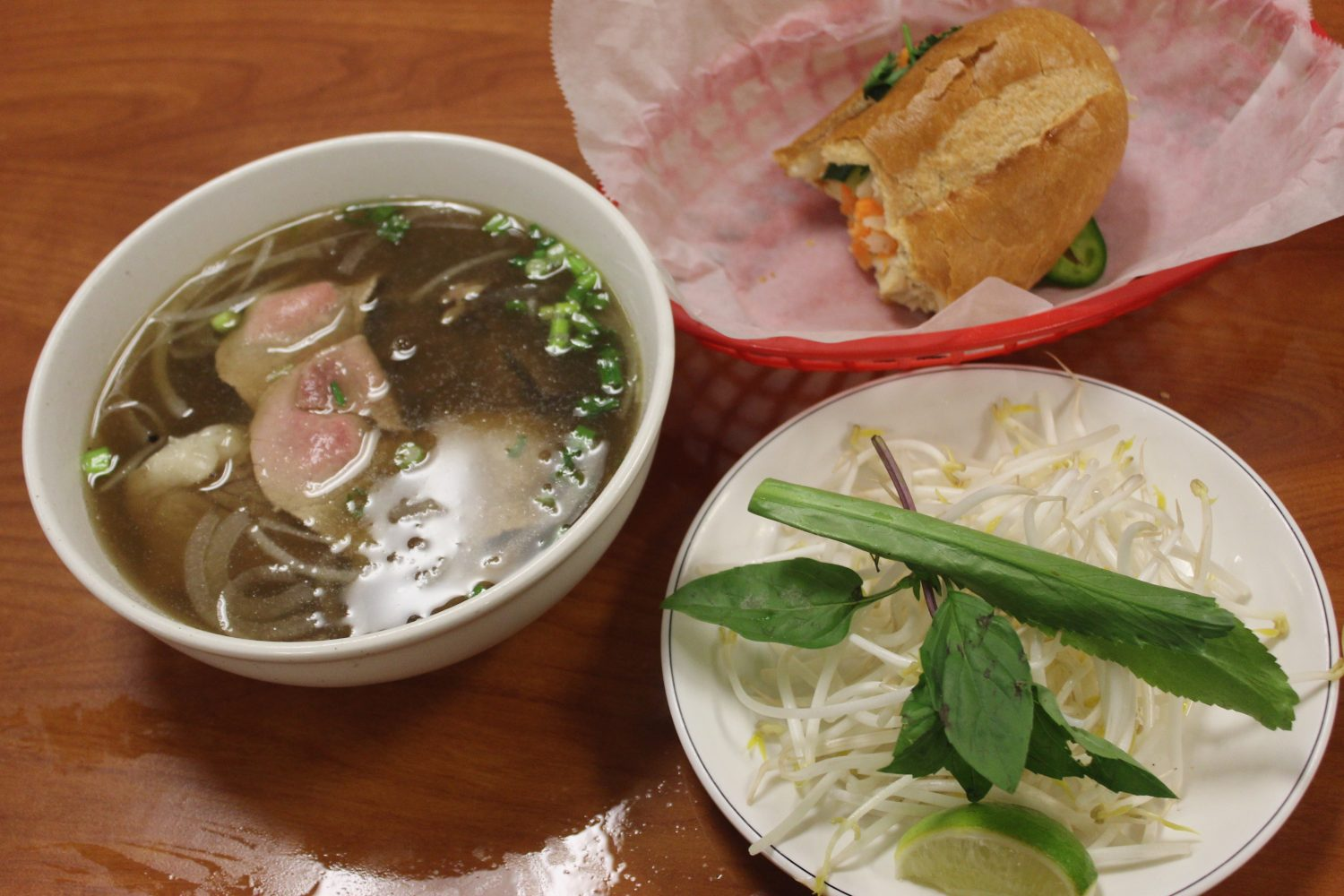 Quest for the Best: Lees Bakery pho the win