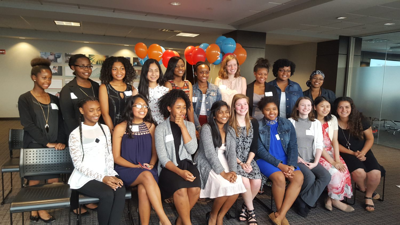 Girls+Who+Code+prepares+to+run+the+world