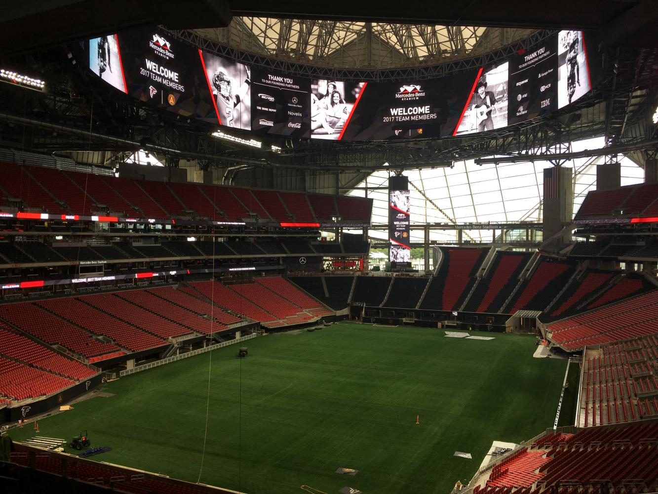 Mercedes benz stadium brings state of the art technology for Mercedes benz stadium application