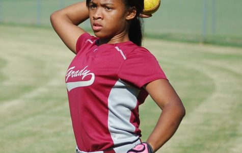 Lady Knights softball team seeks to improve from winless season
