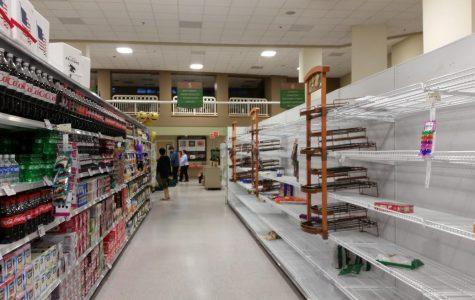 Hurricane Irma causes school closures, empties stores