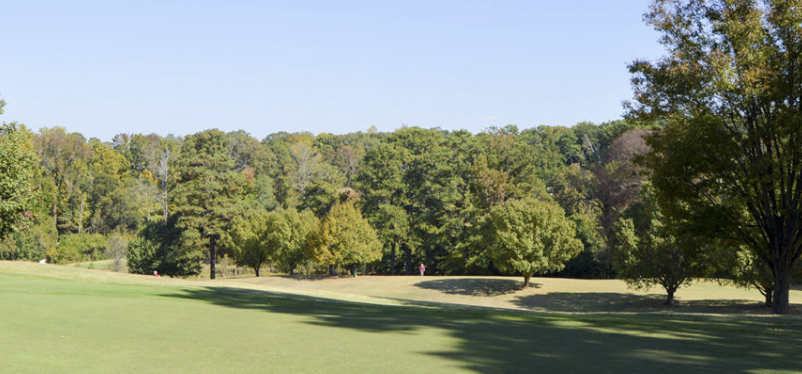 The+Candler+Park+golf+course+has+3+different+sets+of+tees+for+different+skill+levels.