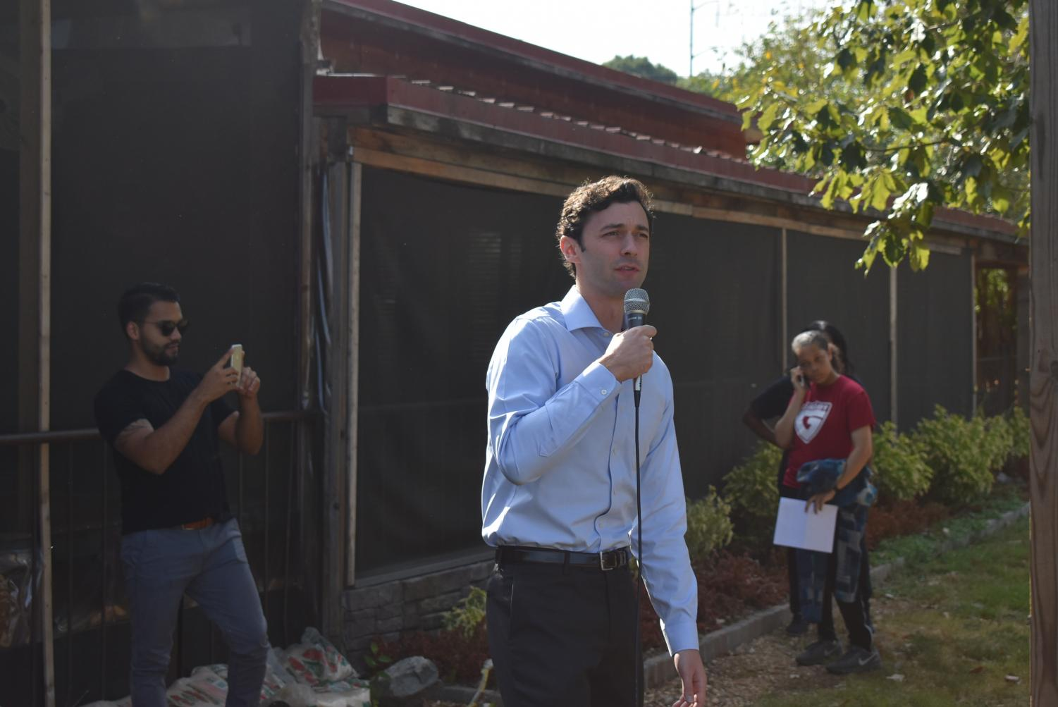 US+Senate+candidate%2C+Jon+Ossoff%2C+came+to+speak+to+Grady+students+about+climate+change+and+how+they+can+talk+to+their+representatives.