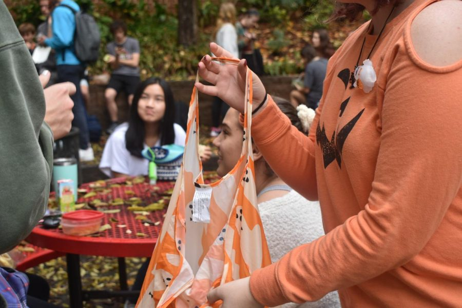 Grady+students+and+faculty+embrace+Halloween+festivities