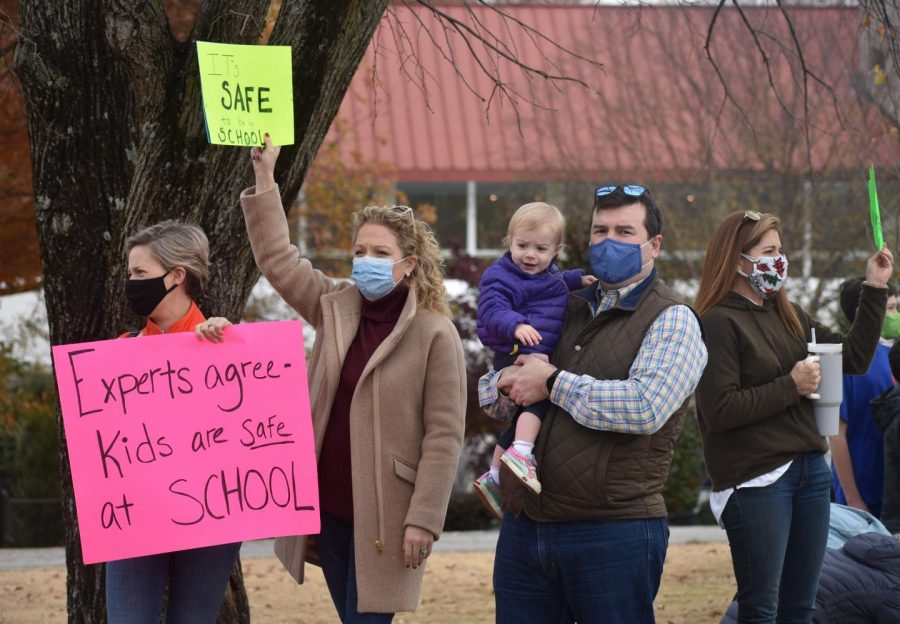 Many families attended the protest together because virtual learning impacts both parents and students. Many young children said that they missed seeing their friends at school.