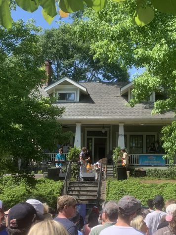 Crowds gathered on Drewry St. to watch Lovechild perform at Porchfest.