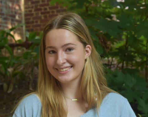 Photo of Lindsay Ruhl
